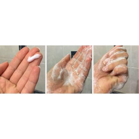 Пенка для умывания c черникой TONY MOLY Clean Dew Blueberry Foam Cleanser - 180 мл