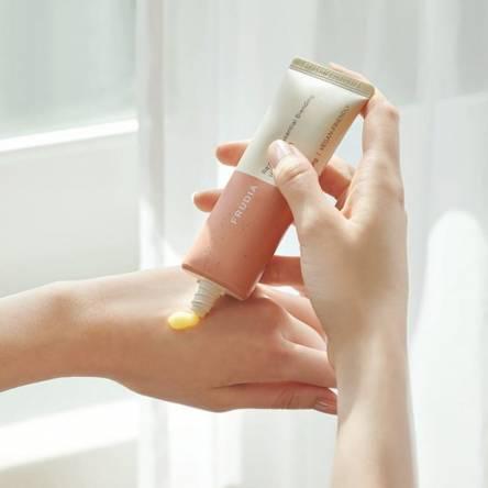 Крем для рук с мандарином и розмарином Frudia Re:proust Essential Blending Hand Cream Dazzling - 50 гр